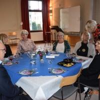 Fr.v. Vera Bouveng Hermansson okänd och Karin Nilsson